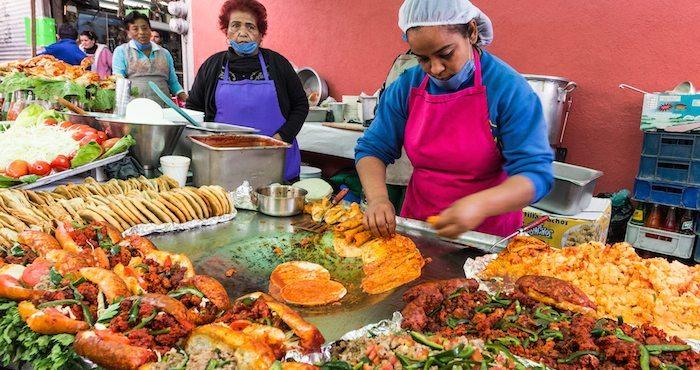 Las Plazas Mexican Restaurant Mcewen Tn